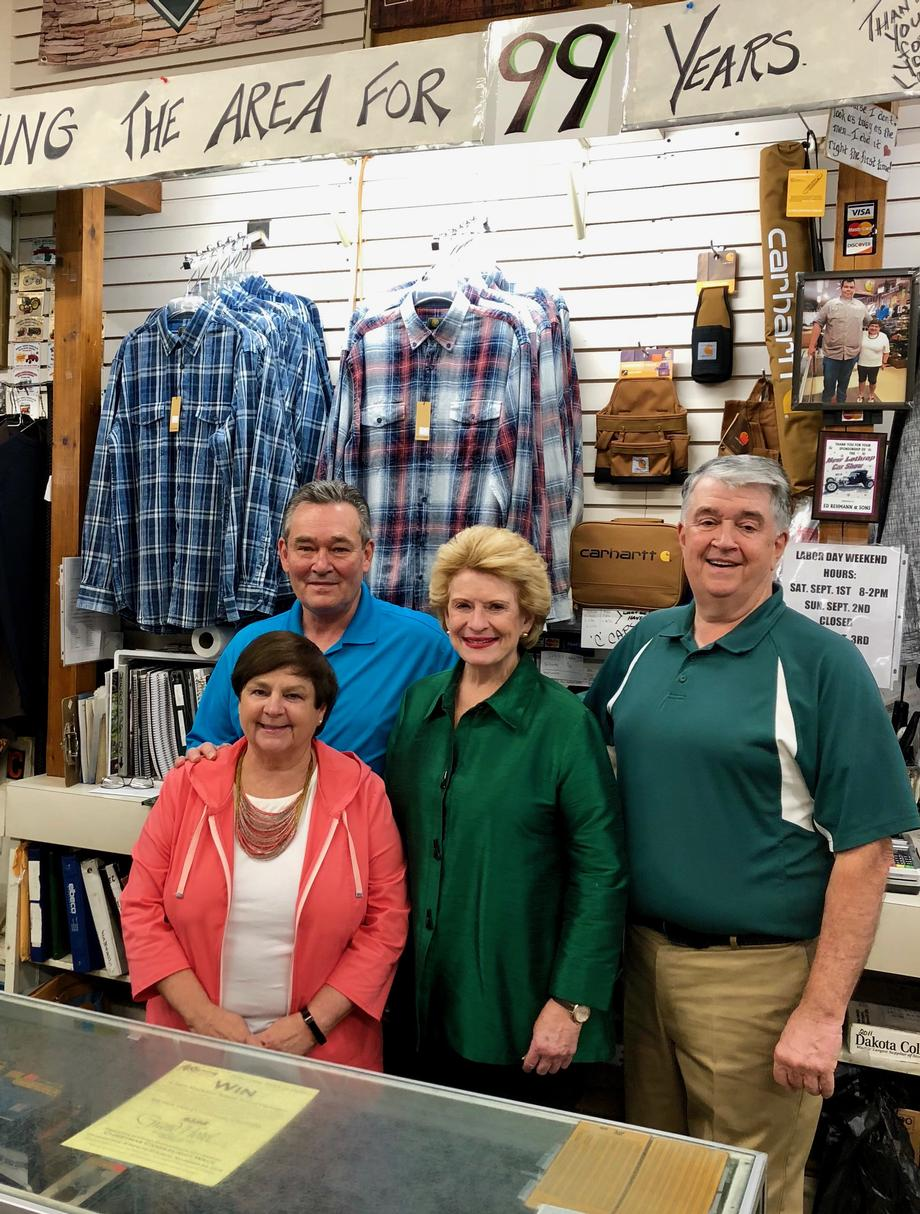 Senator Stabenow visits Rehmann and Sons Clothing in Chesaning (1)