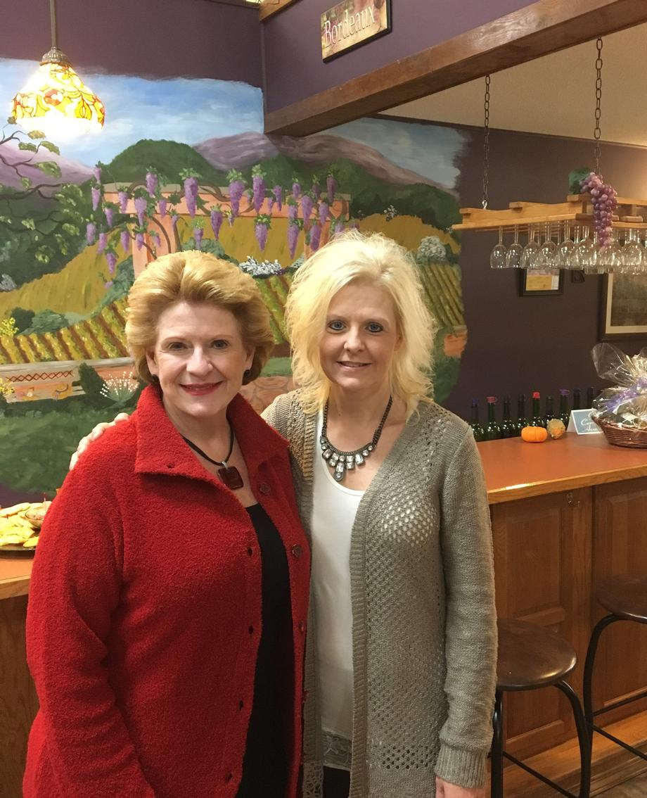 Senator Stabenow visits Hometown Cellars Winery and Brewery in Ithaca.