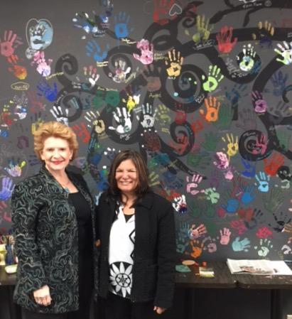 Senator Stabenow visits Studio Retreat and Art Gallery in St. Johns.