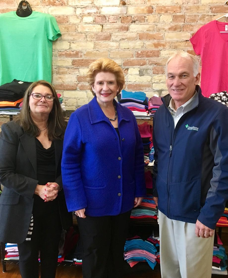 Senator Stabenow visits Promo Prints & Stitches 2 in Ionia